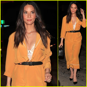 Olivia Munn Looks Chic While Arriving for Dinner at Craig's!