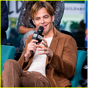 Chris Pine Talks About His Role Research for 'I Am the Night'