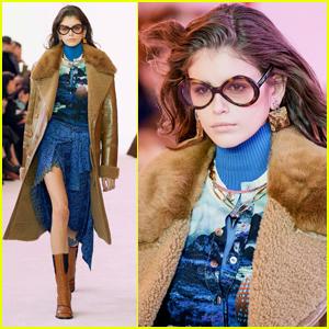 eb75bd95fdf Kaia Gerber Works the Chloe Runway During Paris Fashion Week