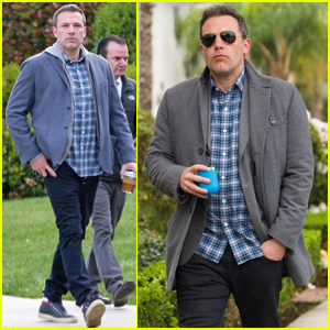 Ben Affleck Takes On Dad Duty While Out In Los Angeles!
