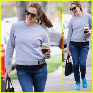 Jennifer Garner Happily Dances Down the Street While on a Coffee Run