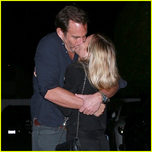 Will Arnett Kisses Girlfriend Elizabeth Law After Dinner Date