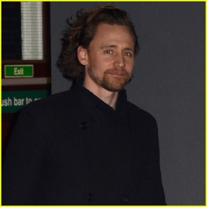 Tom Hiddleston Heads Home After 'Betrayal' Performance