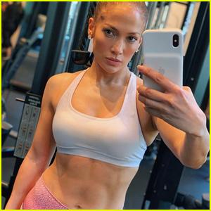 Jennifer Lopez Bares Toned Abs in Hot Selfie!