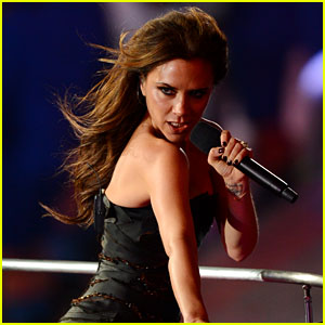 Victoria Beckham Sends Message to Spice Girls Ahead of Reunion Tour 2019 Opening Night!