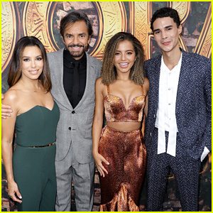Eva Longoria & Isabela Moner Bring 'Dora & The Lost City of Gold' To Miami!
