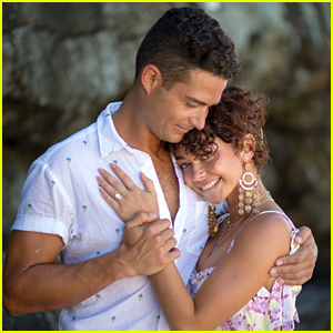 Sarah Hyland Is Engaged to Wells Adams - Watch the Proposal!