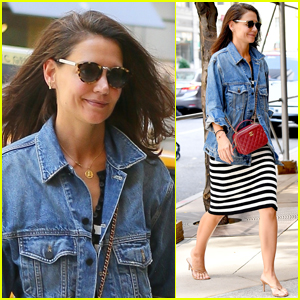 Katie Holmes Steps Out in NYC After Boyfriend Jamie Foxx Held Hands with Model Sela Vave