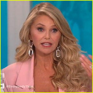 Christie Brinkley Encourages Wendy Williams to Be Kind After Starting Rumors