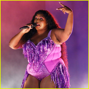 Lizzo Takes the Stage at Bustle's Rule Breakers Festival!
