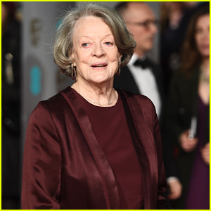 Maggie Smith Makes Surprising Comment About 'Harry Potter' & 'Downton Abbey' Roles