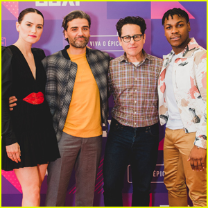 'Star Wars' Cast Promote 'The Rise of Skywalker' at Brazil Comic-Con 2019!