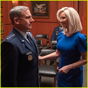 Lisa Kudrow Joins Steve Carrell in Netflix's 'Space Force' - See The First Pics!