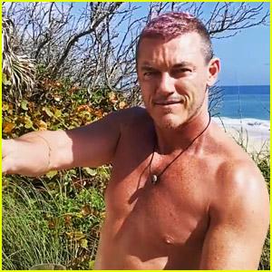 Luke Evans Dyes His Hair Pink While in Quarantine!