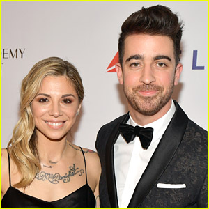 'Jar of Hearts' Singer Christina Perri Is Pregnant with Second Child!