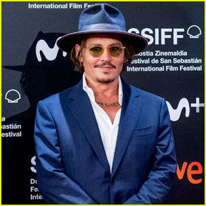 Johnny Depp Looks Handsome in Navy for 'Crock of Gold' Premiere at San Sebastian International Film Festival