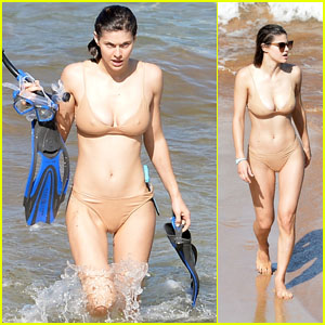 Alexandra Daddario Heats Up the Beach in a Bikini in Hawaii