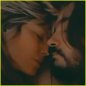 Heidi Klum Shares an Intimate Video Kissing Husband Tom Kaulitz in Bed