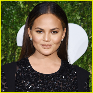 Chrissy Teigen Finally Got Great Inauguration Day Scoop - See Who She Caught on Video!