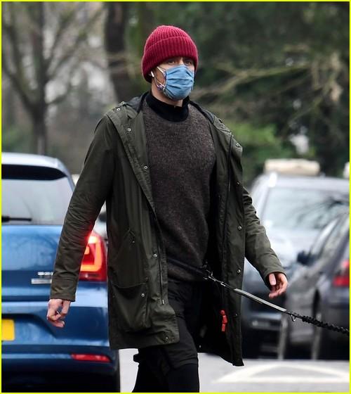 Tom Hiddleston walking his dog