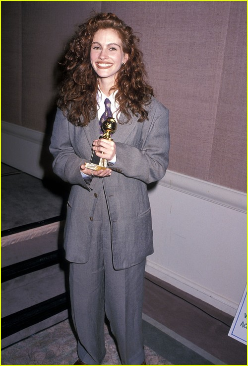 Julia Roberts on Golden Globes red carpet