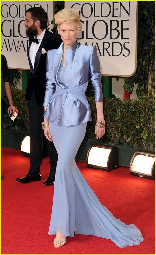 Tilda Swinton on Golden Globes red carpet