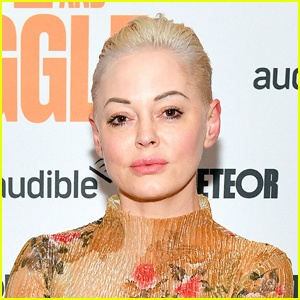 Rose McGowan Shows That She is a Permanent Citizen of Mexico