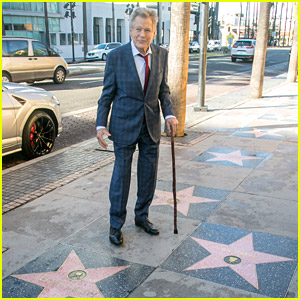 Ryan O'Neal Gets Star on Hollywood Walk of Fame Next to Late Love Farrah Fawcett