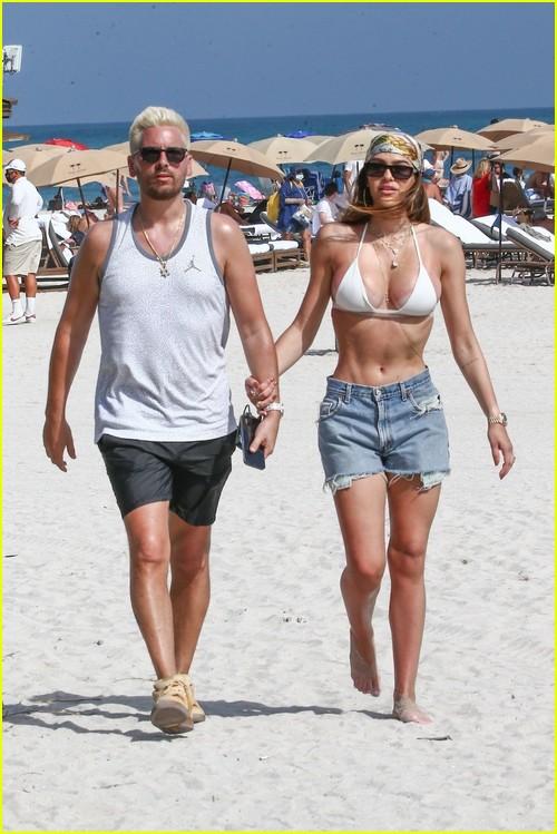 Scott Disick and Amelia Hamlin at the beach