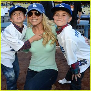Britney Spears Shares Rare Photo With Teenage Sons Sean & Jayden Federline