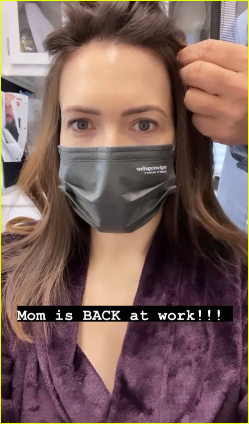 Mandy Moore back on set of This Is Us