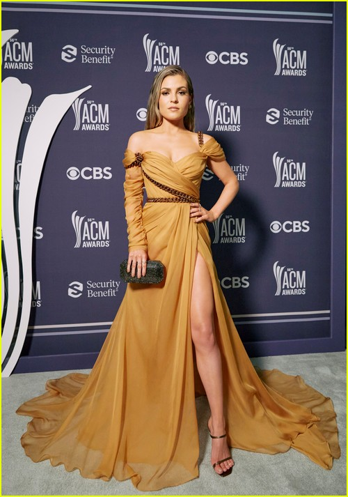 Tenille Arts at the ACM Awards 2021