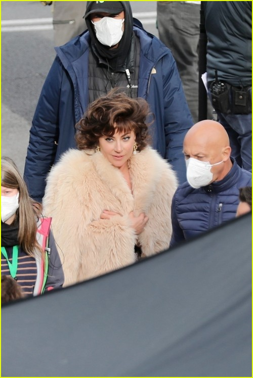 Gaga in fur on House of Gucci