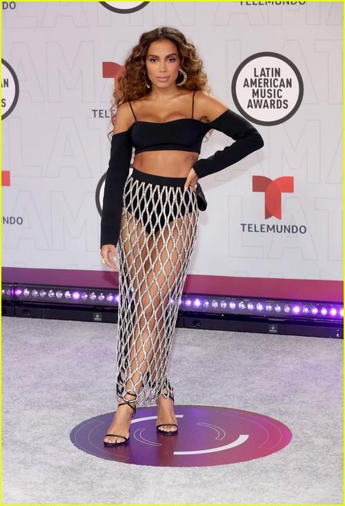 Anitta at the Latin AMAs