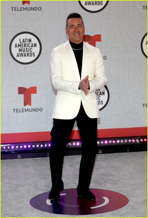 Jorge Bernal at the Latin AMAs