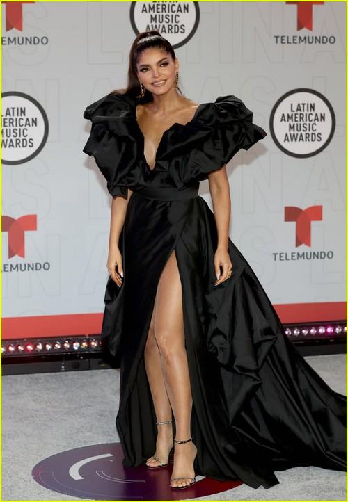 Ana Bárbara at the Latin AMAs