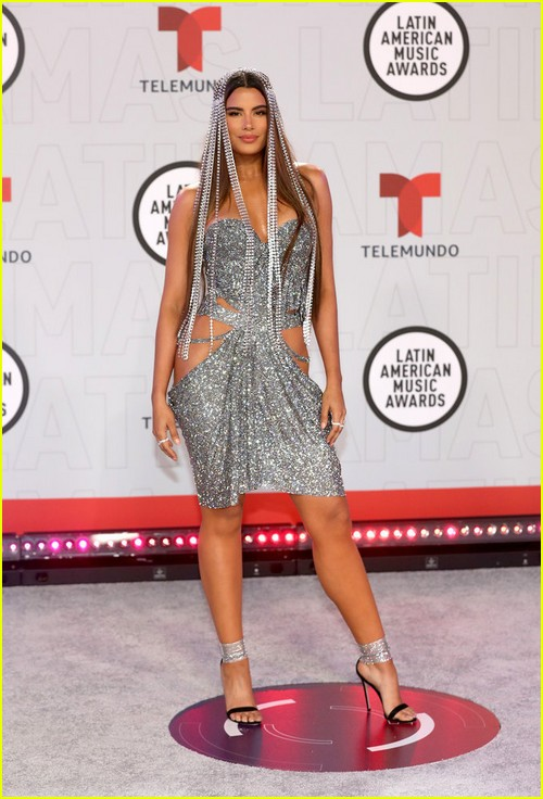 Ariadna Gutiérrezy at the Latin AMAs