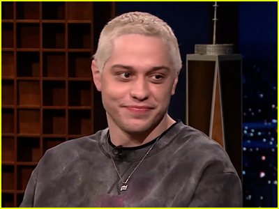 Pete Davidson wearing matching necklace with Phoebe Dynevor