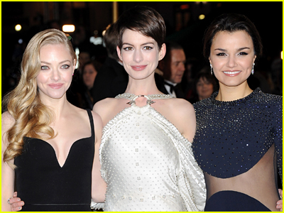 Amanda Seyfried Anne Hathaway and Samantha Barks at the Les Miserables movie premiere
