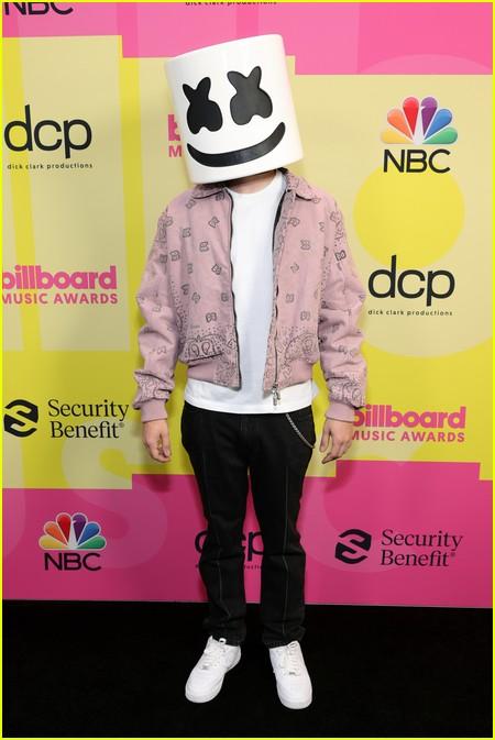 Marshmello on the Billboard Music Awards 2021 red carpet