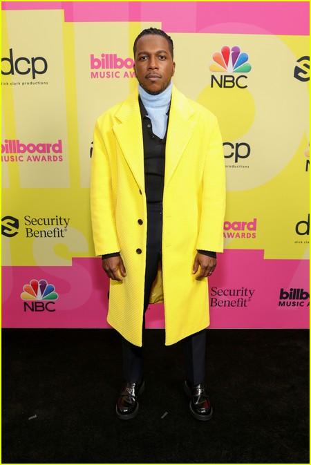Leslie Odom Jr on the Billboard Music Awards 2021 red carpet