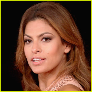 Eva Mendes Opens Up Her Insecurities, Recalls Thinking Her Face Looked 'Weird'