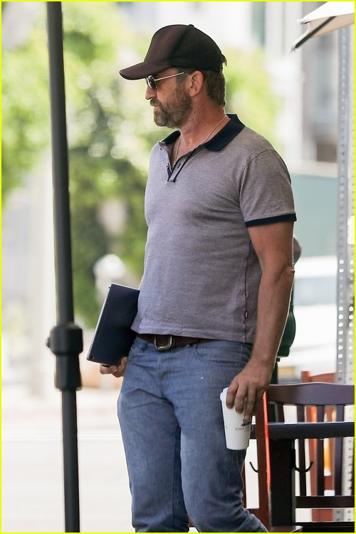 Gerard Butler PDA with Morgan Brown after lunch date
