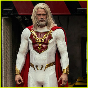 Every Photo of Josh Duhamel In His Skintight Superhero Costume for 'Jupiter's Legacy'