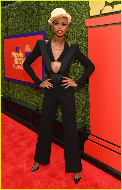 Symone on red carpet at the MTV Movie and TV Awards Unscripted